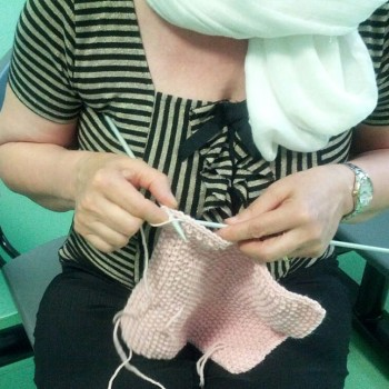 Knitting Therapy ospedale Papa Giovanni XXIII a Bergamo