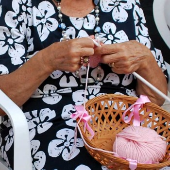 Knitting Therapy all'hospice VIDAS