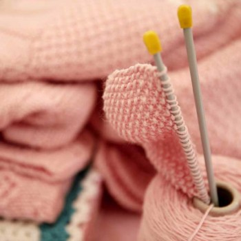 knitting-therapy-Biella