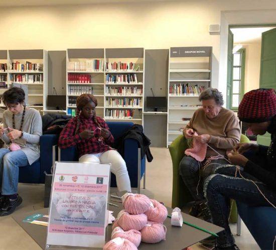 Knitting Biblioteca Civica Biella