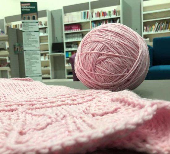 Knitting solidale a Biella